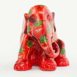 Elephant Parade - Strawberry XL 30 cm